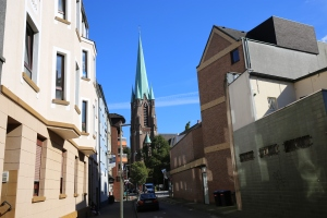 Die PfarrkircheSt. Hippolytus im Zentrum von Gelsenkirchen-Horst. Foto: Spernol